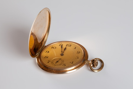 five to twelve: Pocket watch, cover, five to twelve