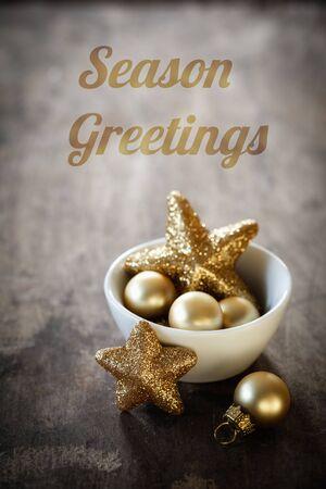 bodegones: decoraciones de Navidad en un taz�n, Ingl�s deseos, saludos de la estaci�n