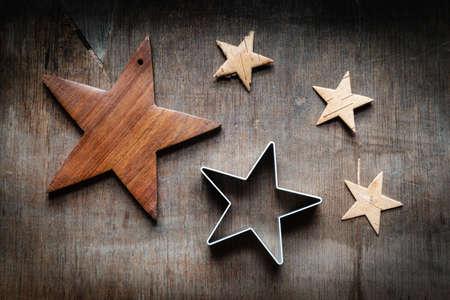 bodegones: Bodeg�n de Navidad, estrellas en la madera