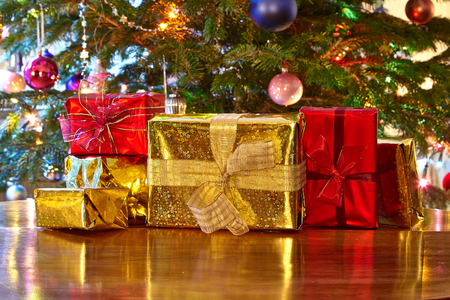 christmas atmosphere: Christmas presents, Christmas tree