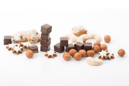 boulangerie de Noël, dominos, étoiles à la cannelle, stollen confiserie, les pommes de terre massepain Banque d'images