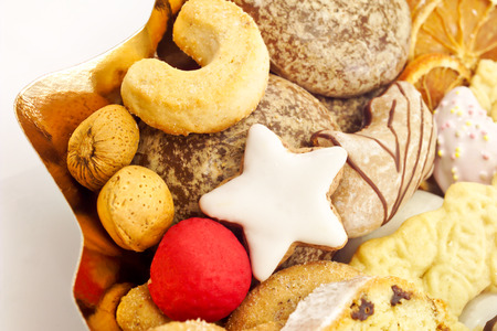 almond biscuit: Christmas plate with Christmas biscuit Stock Photo