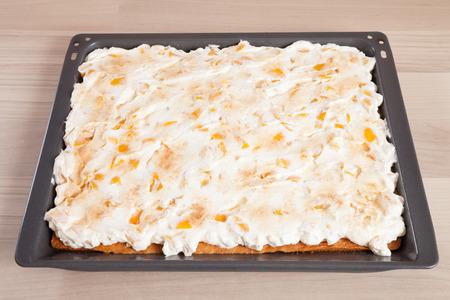 cream on cake: Sheet cake, nectarine cream cake