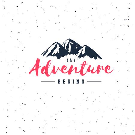 Het avontuur begint uitstekende illustratie met bergen. Ontwerp voor t-shirt print of poster.