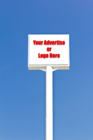 white blank sign against blue sky, useful for any advertise or logo Stock Photo - 8820364
