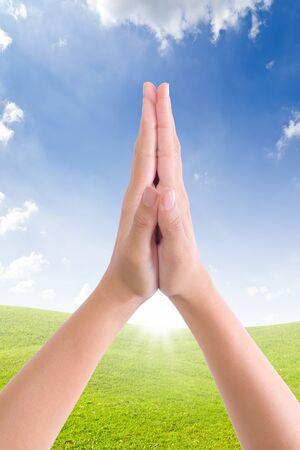 manos orando: reunir a manos de saludo