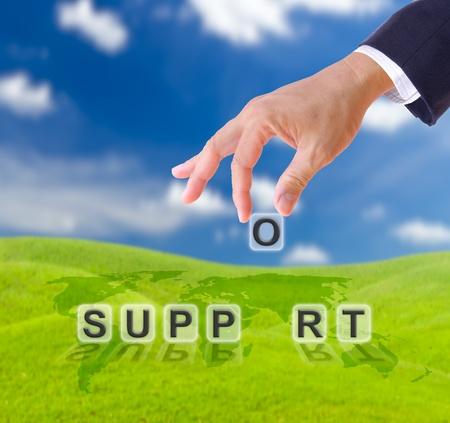 zakenman hand en ondersteunen woord business concept