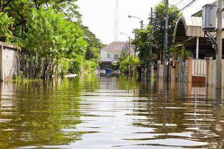 Bangkok-Nov 08 : water flood village in klongsamwa district. Nov 08, 2011, Thailand , Bangkok