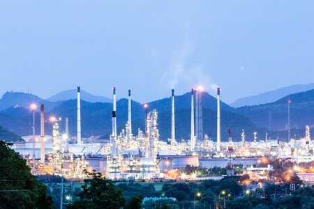 plant oil: Oil refinery plant at twilight night Stock Photo