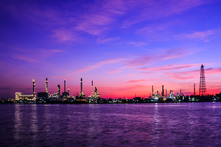 chemical industry: Oil refinery plant at twilight morning Stock Photo