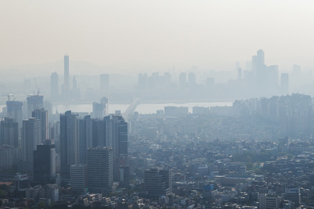 View of downtown in Seoul, South Korea, with serious air pollution. Reklamní fotografie - 62735462