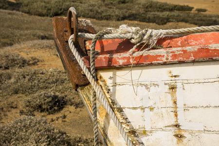 caulk: Old boat