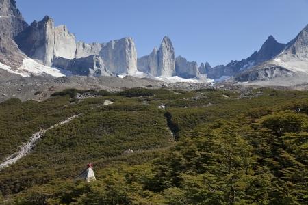 Man blickt auf die erstaunliche valle frances in Torres del Paine, Chile