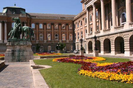 buda: Ville � proximit�, belle de la Hongrie historique capitale - Budapest. Palais royal sur la colline de Buda.
