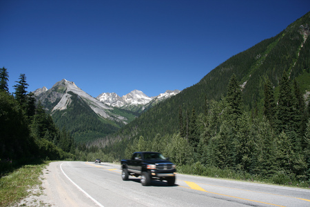 glacier national park: Glacier National Park of Canada. Area near Rogers Pass (Selkirk Mountains). Trans-Canada Highway.