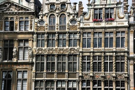 bruxelles: Beautiful, decorated buildings next to Grote Markt (Grand Place) in Brussel (Bruxelles)