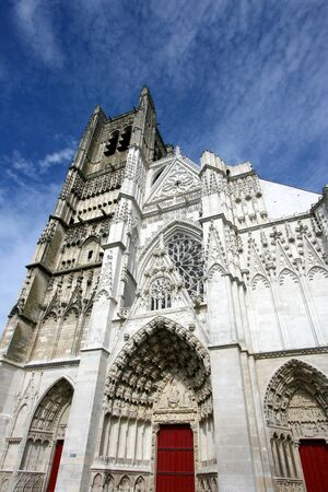 bourgogne: Beautiful gothic Cathedral of Saint Etienne in Auxerre, Burgundy, France