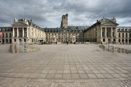 bourgogne: Liberation Square and the Palace of Dukes of Burgundy (Palais des ducs de Bourgogne) in Dijon, France. Beautiful town.