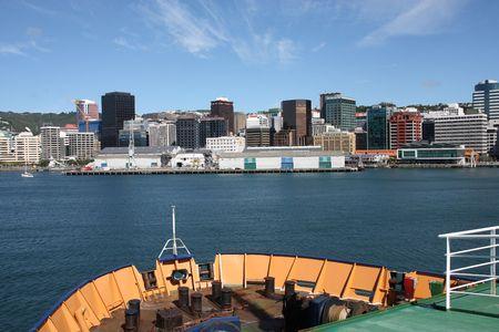 australasia: Ferry approaching Wellington city, capital of New Zealand
