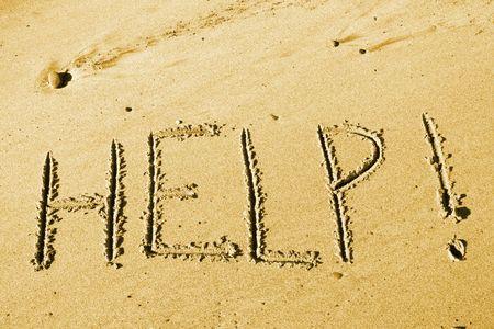 onbewoond: Castaway bericht van onbewoond eiland strand - HELP! Stockfoto