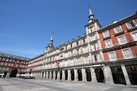 la: Plaza Mayor (Main Square) in Madrid, Spain. Casa de la Panaderia.