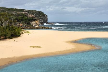 strand australie: Nationaal Park Royal, New South Wales, Australië. Strand in de buurt van Wattamolla.