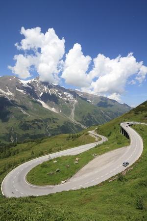 hohe tauern: Mountains in Austria. Hohe Tauern National Park, Glocknergruppe range of mountains. Hochalpenstrasse - famous mountain road.
