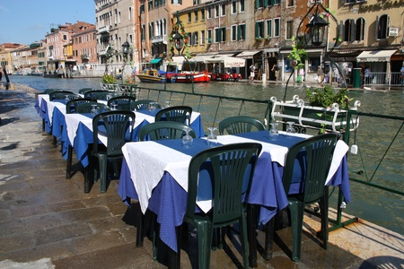 VENICE - SEPTEMBER 17: Restaurant view on September 17, 2009 in Venice, Italy. According to Euromonitor Venice was the 26th most visited city in the world in 2006. Stock Photo - 9891269