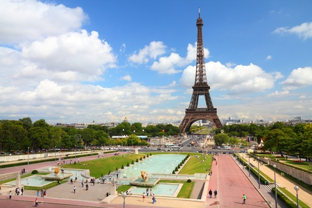 trocadero: Paris, France - cityscape with Trocadero gardens and Eiffel Tower. UNESCO World Heritage Site. Stock Photo