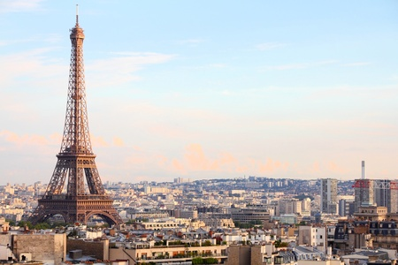 tour eiffel: Paris, France - cityscape with Eiffel Tower in the light of sunset.  Stock Photo