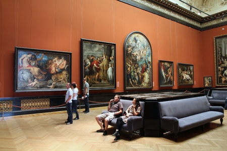 museum visit: VIENNA - SEPTEMBER 8: Visitors in Museum of Art History on September 8, 2011 in Vienna. With 559k visitors in 2010, the museum is among 100 most visited museums worldwide. Art of Rubens. Editorial