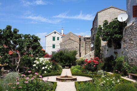 dalmatia: Croatia - Sibenik in Dalmatia. Old town garden.