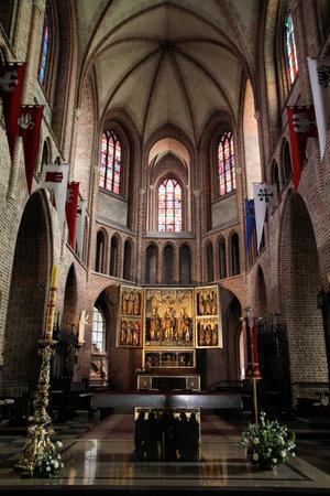 wielkopolska: Poznan, Poland - religious architecture. Greater Poland province (Wielkopolska). Roman Catholic Cathedral interior.