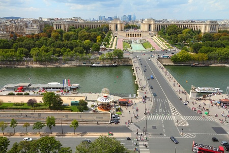 trocadero: Paris, France - aerial city view with Seine River, Trocadero and La Defense in the background. UNESCO World Heritage Site. Editorial