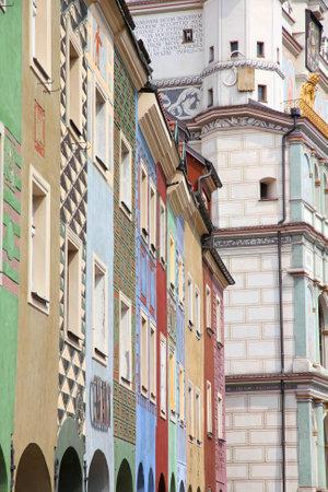 wielkopolska: Poznan, Poland - city architecture. Greater Poland province (Wielkopolska). Colorful buildings at the main square (Rynek).