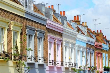 case colorate: Londra, Regno Unito - case colorate nel distretto di Camden Town. Archivio Fotografico