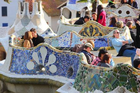 """trencadis: BARCELONA, ESPA�A - 06 de noviembre: La gente visita el Parque G�ell el 6 de noviembre de 2012 en Barcelona, ??Espa�a. Fue construido en 1900-1914 y forma parte del Patrimonio de la Humanidad por la UNESCO """"Obras de Antoni Gaud�""""."""