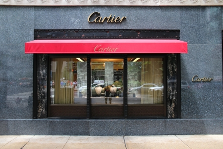 magnificent mile: CHICAGO - JUNE 26: Cartier store at Magnificent Mile on June 26, 2013 in Chicago. The jewelry company was founded in 1847 and according to Forbes is currently the 4th most valuable luxury brand worldwide. Editorial
