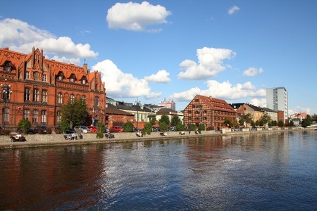 riverfront: BYDGOSZCZ, POLAND - SEPTEMBER 4: People visit riverfront on September 4, 2010 in Bydgoszcz. Bydgoszcz is the capital of region Kujawsko-Pomorskie visited by 2.25m tourists annually (2008).