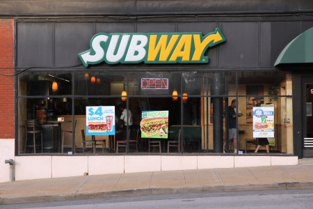 mococa: KANSAS CITY, MO - JUNE 25: People visit Subway sandwich shop on June 25, 2013 in Kansas City, Missouri. Subway is one of fastest growing restaurant franchises with 39,747 restaurants in 101 countries.