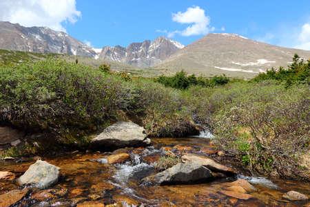 longs peak: Rocky Mountain National Park in Colorado, USA. Tourist trail to famous Longs Peak.