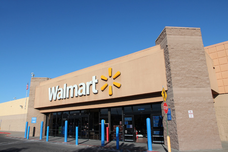 walmart: RIDGECREST, UNITED STATES - APRIL 13, 2014: Walmart store in Ridgecrest, California. Walmart is a retail corporation with 8,970 locations and revenue of US$ 469 billion (FY 2013). Editorial