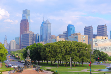 benjamin: Philadelphia, Pennsylvania in the United States. City skyline with Benjamin Franklin parkway.