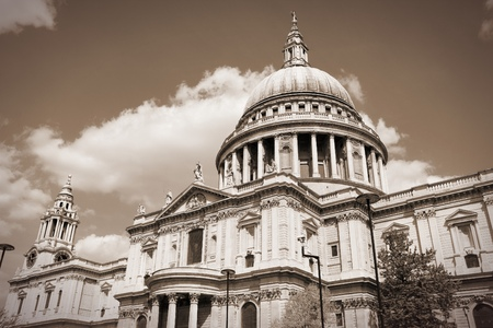 saint pauls cathedral: London, United Kingdom - famous St. Pauls Cathedral church.