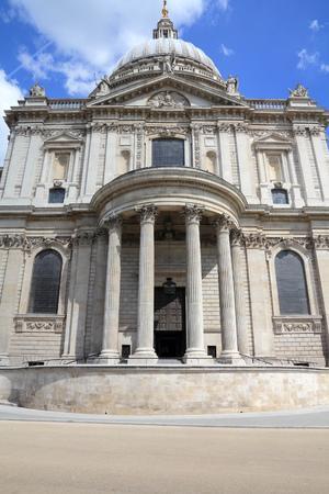 saint pauls cathedral: London, United Kingdom - famous Saint Pauls Cathedral church.
