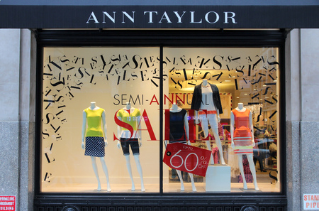 NEW YORK, USA - JULY 3, 2013: Ann Taylor fashion store in 5th Avenue, New York. As of 2012 Ann Taylor had 981 stores under brands Ann Taylor and Loft. Stock Photo - 36654359