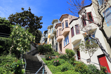 telegraph hill: San Francisco, California, United States - beautiful old architecture in Telegraph Hill area.