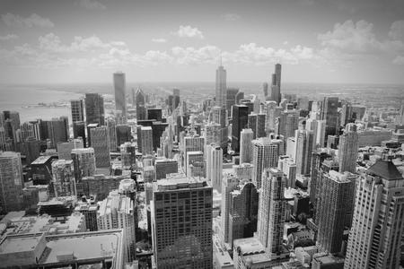 aerial: Horizonte de Chicago - vista aérea. Foto de archivo