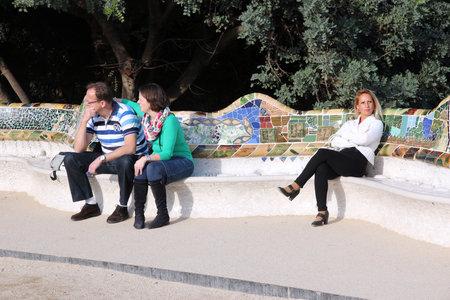 """trencadis: BARCELONA, ESPA�A - 06 de noviembre 2012: La gente visita el Parque G�ell de Barcelona, ??Espa�a. Fue construido en 1900 hasta 1914, y forma parte del patrimonio de la humanidad """"Obras de Antoni Gaud�""""."""