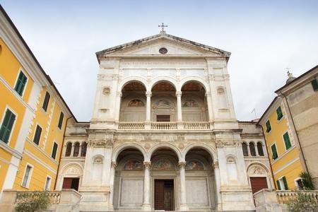 massa: Massa - town in Tuscany, Italy. Cathedral facade.
